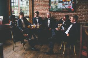 st-augustine-florida-wedding-venue-white-room-chatsworth-pub-groomsmen
