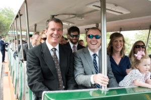 white-room-wedding-service-trolley-company