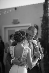 white-room-wedding-st-augustine-florida-dad-daughter-dance