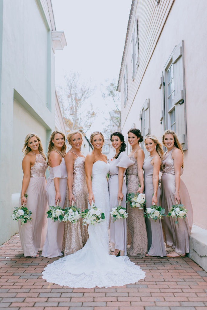white-room-bride-bridal-party-st-augustine-florida-wedding-venue