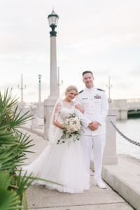 st-augustine-florida-wedding-venue-white-room-couple