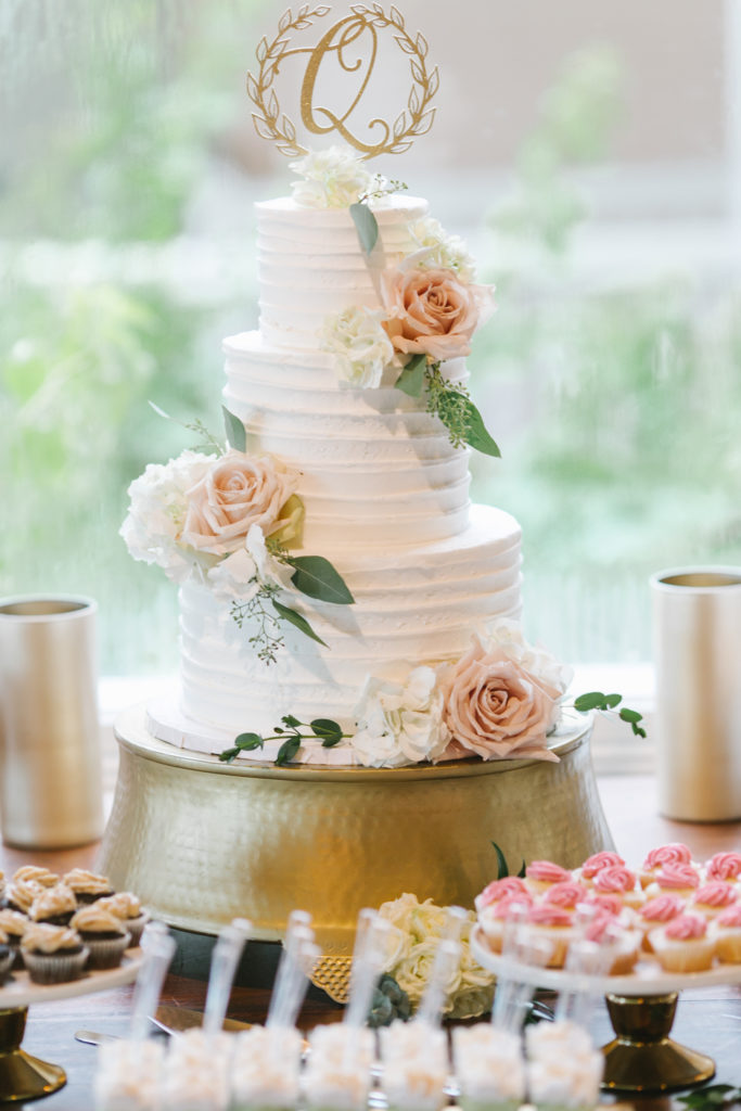 white-room-wedding-cake-florals-st-augustine