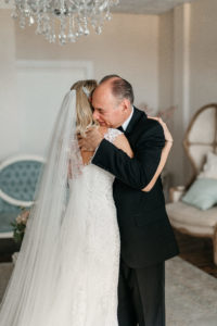 bridal-suite-florida-father-bride-first-look