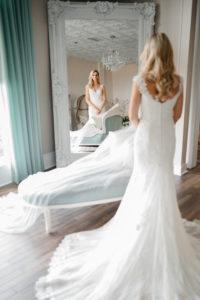 the-white-room-bride-bridal-suite