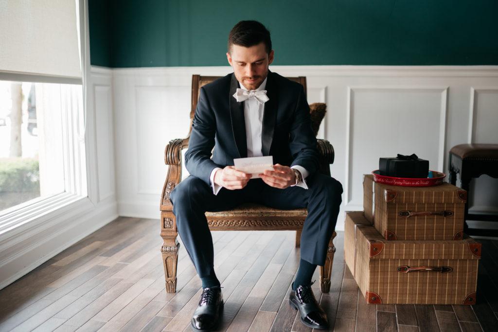white-room-groom-destination-wedding