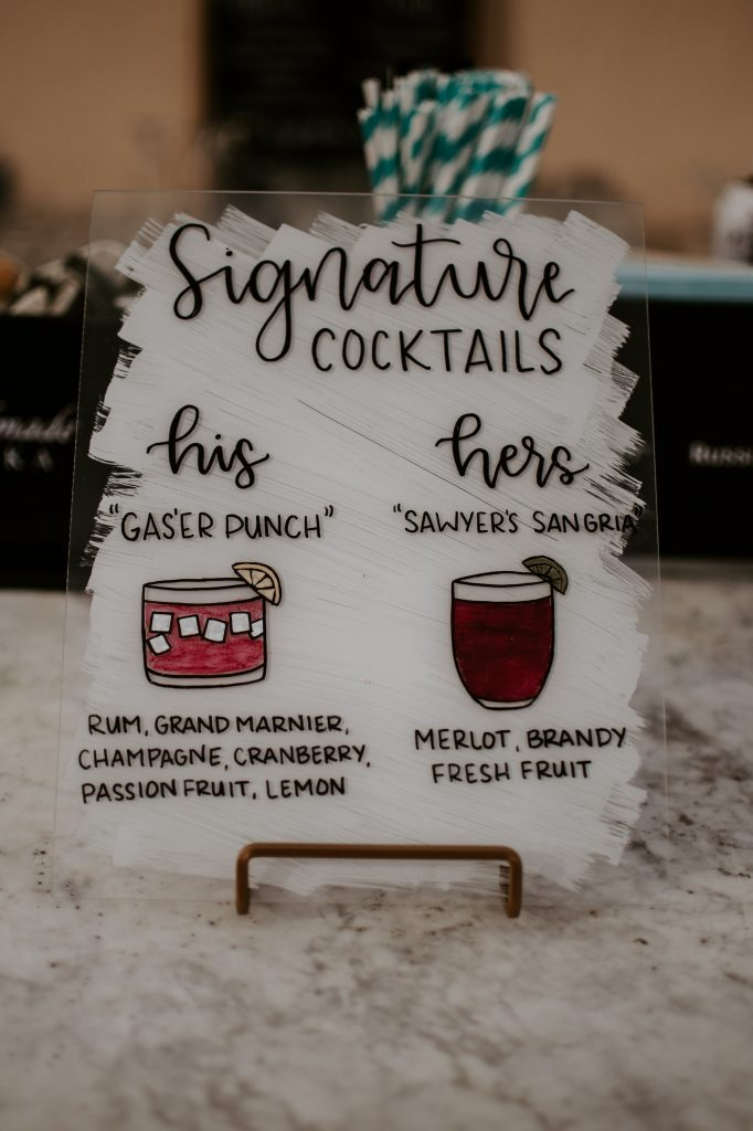 Wedding-Cocktail-Hour-Signature-Drinks.jpg
