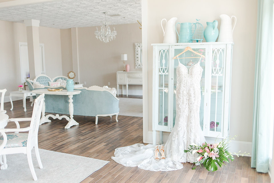 white-room-wedding-suite