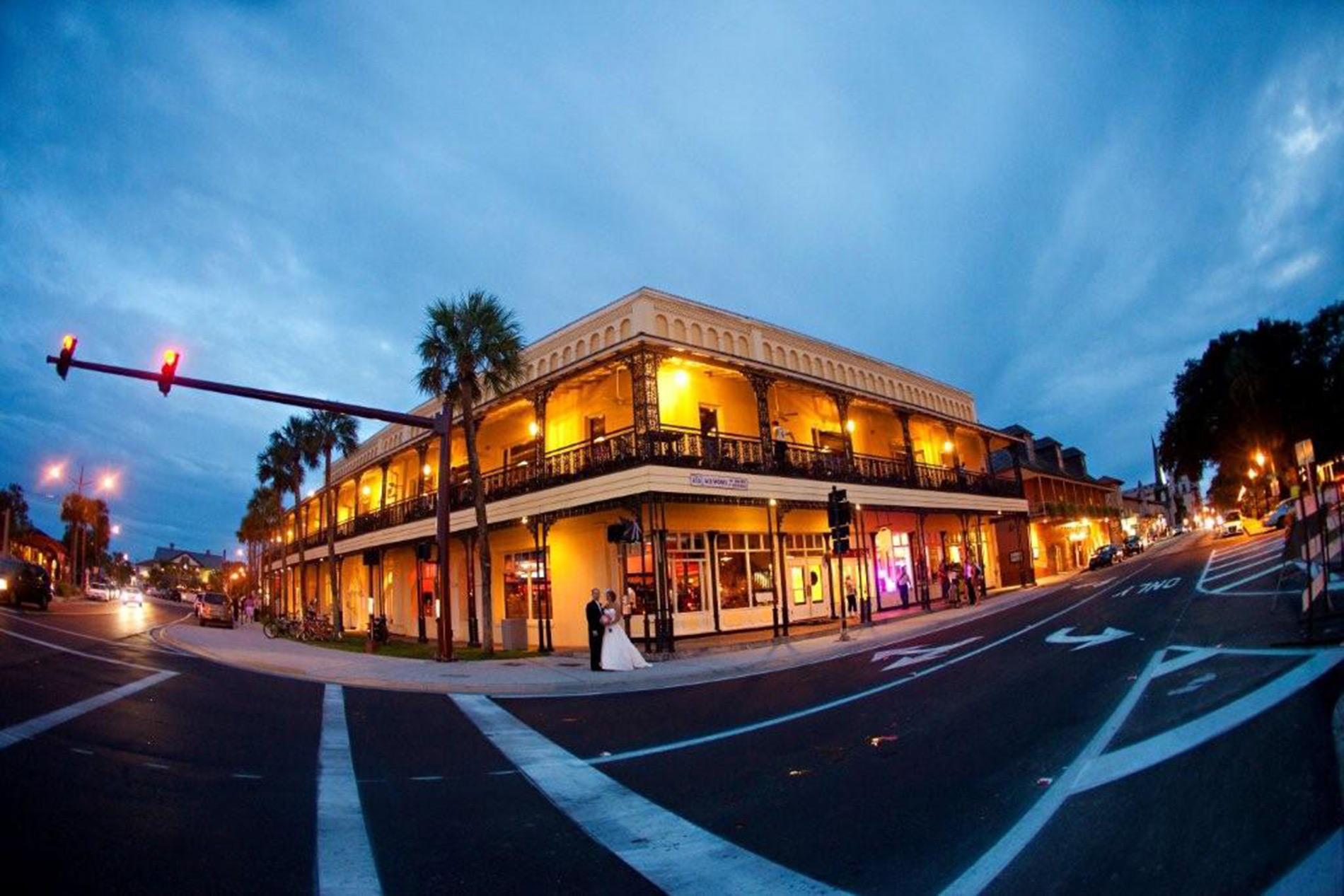 St-Augustine-Wedding-Venues-White-Room-Wedding-1-King-Street-Plaza-Building