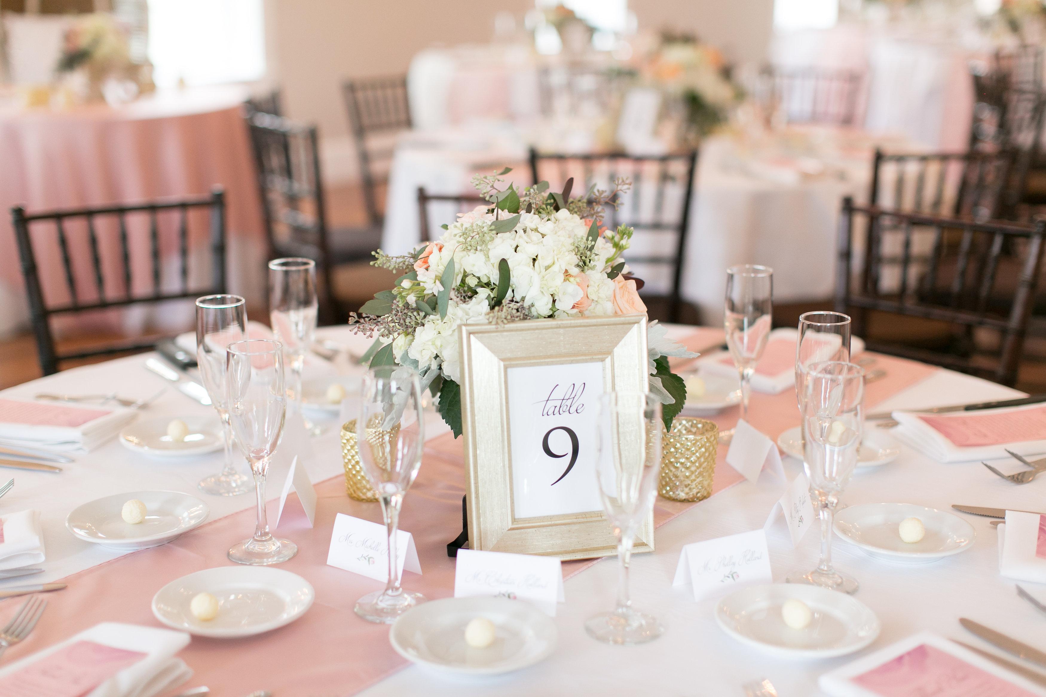 The-Villa-Blanca-Reception-Dinner-Tables