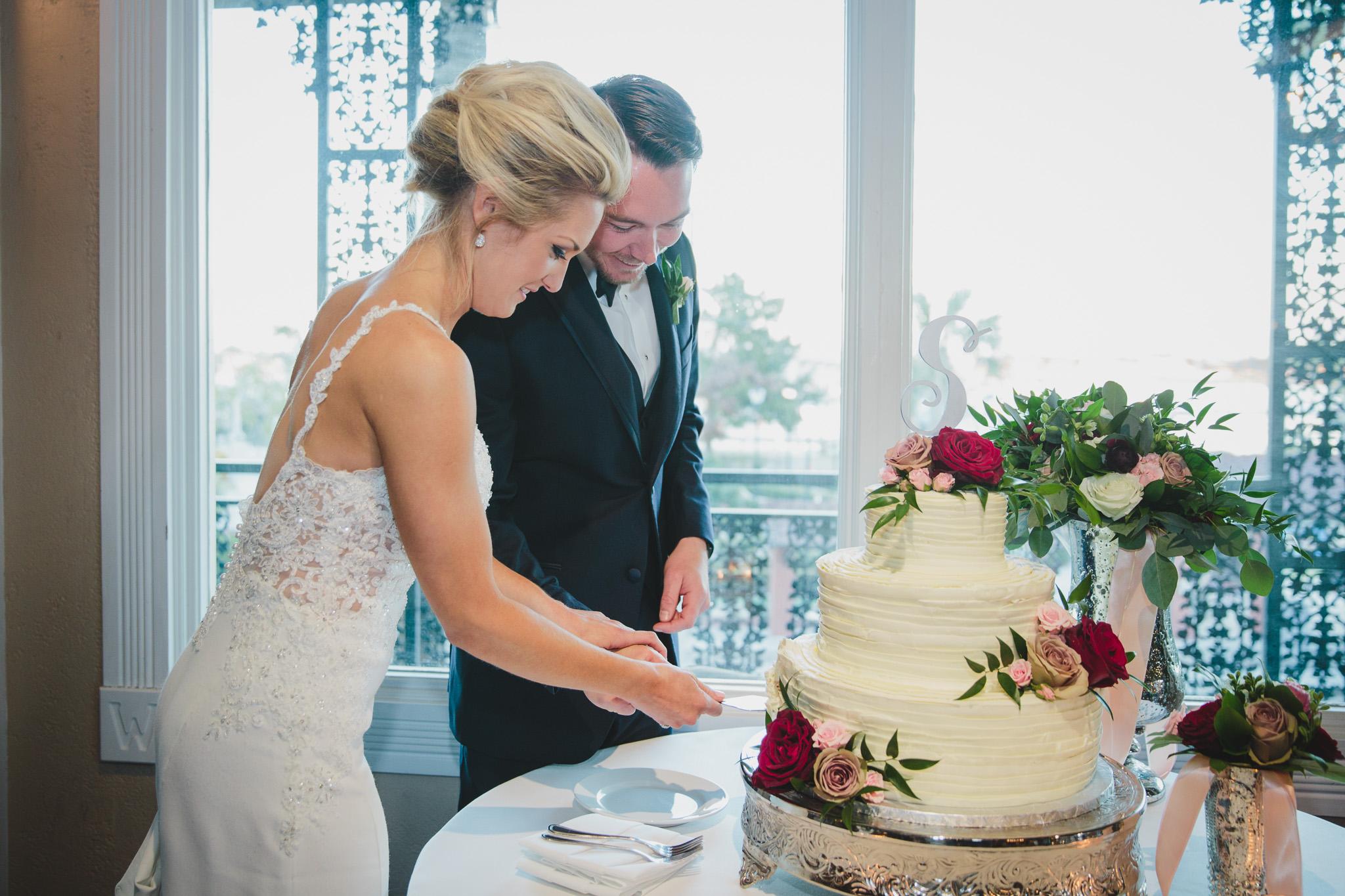 st-augustine-florida-wedding-venue-white-room-reception