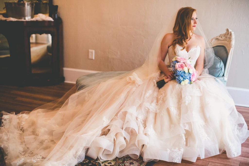 st-augustine-florida-white-room-weddings-bridal-suite
