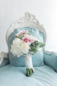 white-room-bridal-suite-st-augustine-florida-florals