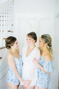 st-augustine-florida-white-room-weddings-bridal-party-getting-ready