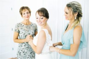 white-room-weddings-st-augustine-florida-details-bridal-party-getting-ready
