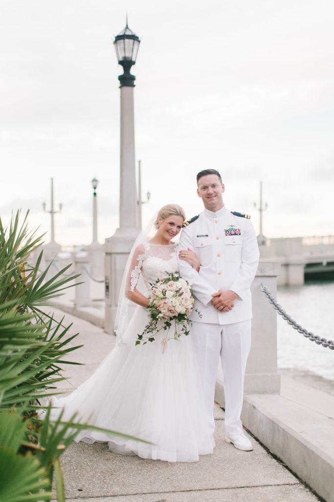st-augustine-florida-wedding-venue-white-room-couple
