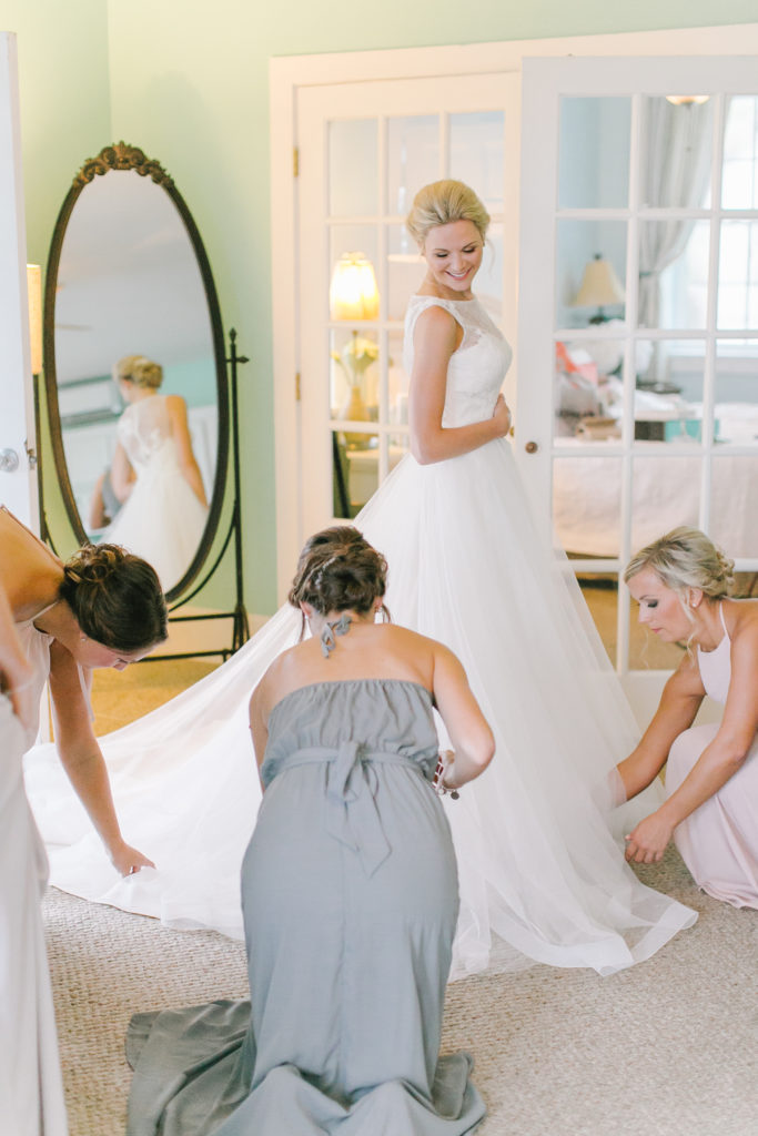 white-room-bride-st-augustine-wedding-bridal-gown