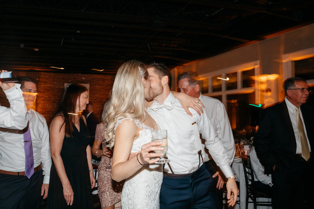 st-augustine-florida-the-white-room-dancing