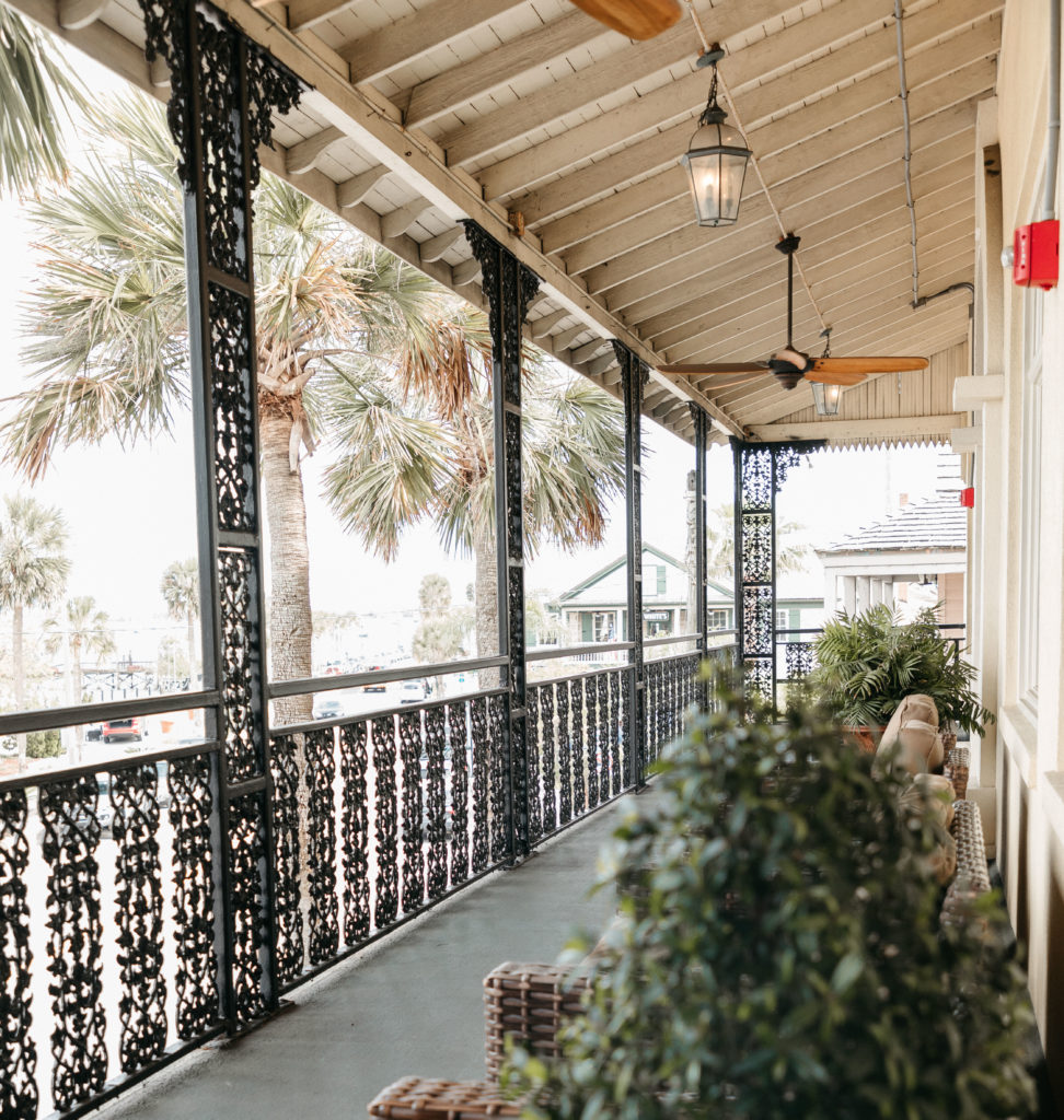 the-white-room-st-augustine-outdoor-balcony