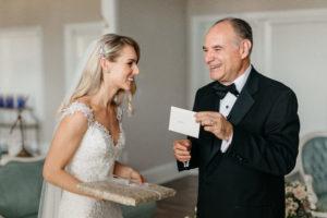 wedding-day-white-room-venue-bridal-suite
