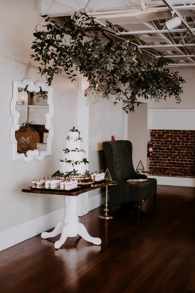 st-augustine-florida-wedding-cake.jpg