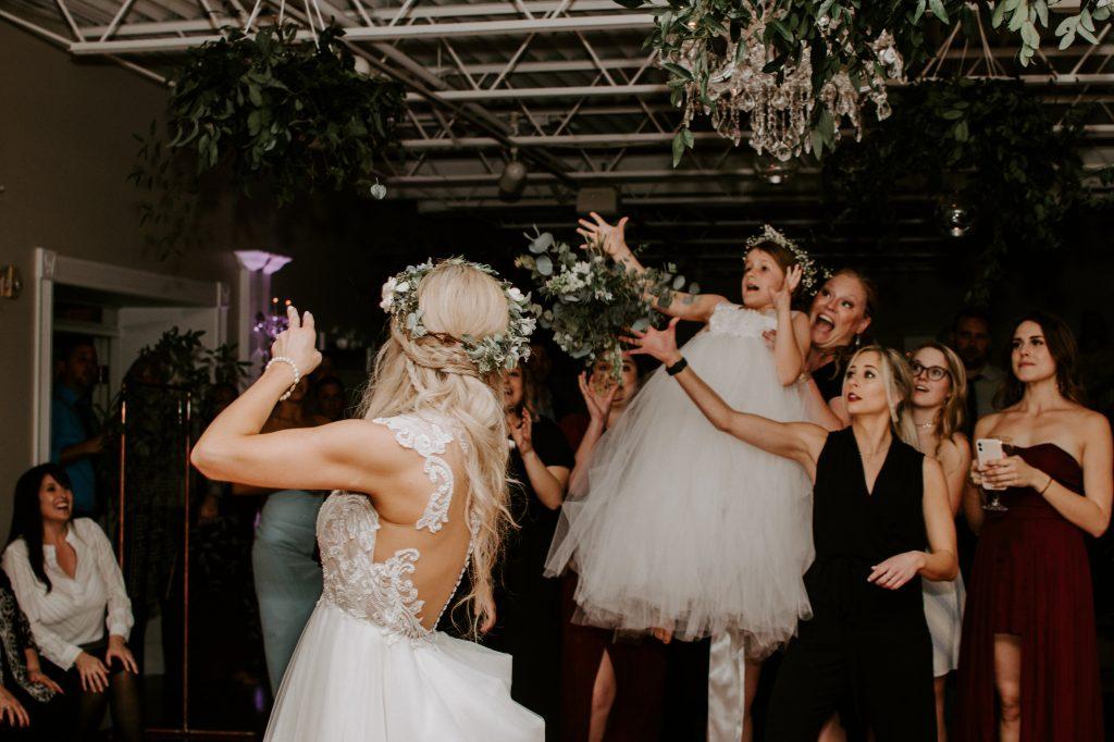 white-room-st-augustine-bouquet-toss.jpg