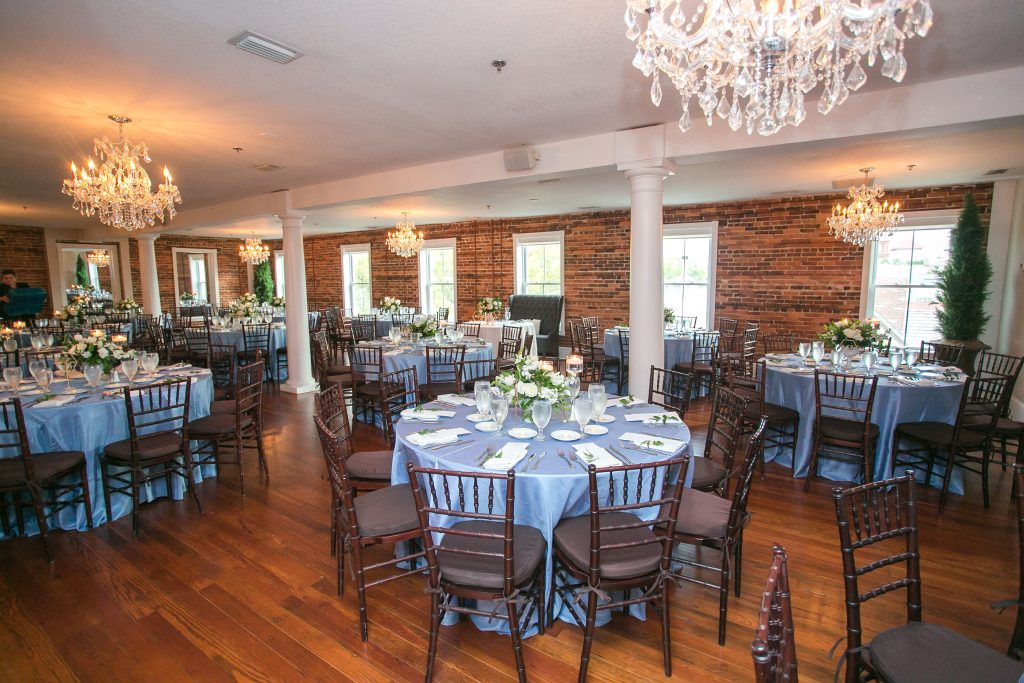 st-augustine-wedding-reception-white-room-loft